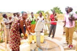 water wells africa uganda drop in the bucket kalengo community-08