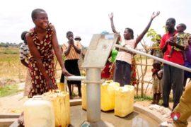 water wells africa uganda drop in the bucket kalengo community-11
