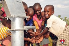 drop in the bucket uganda water well bukedea kachumbala-airogo-oidii village03